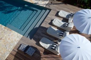 pool deck_LR